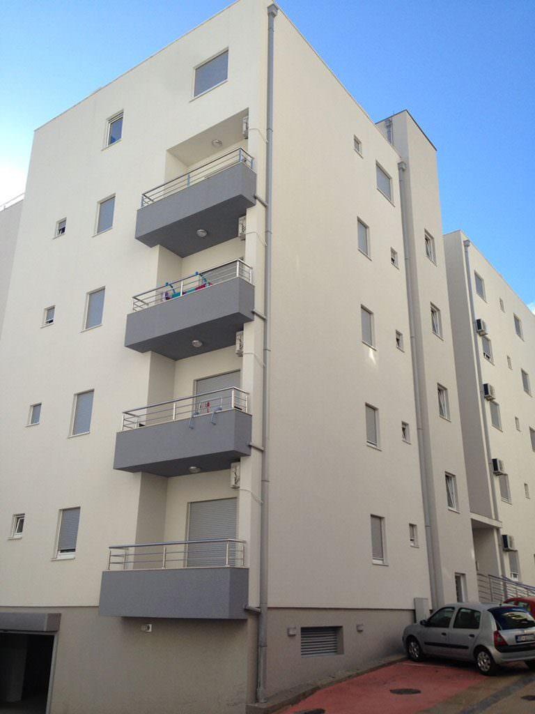 stambena-zgrada-budva-2